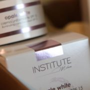 OPALE WHITE CREMA UNIFORMANTE